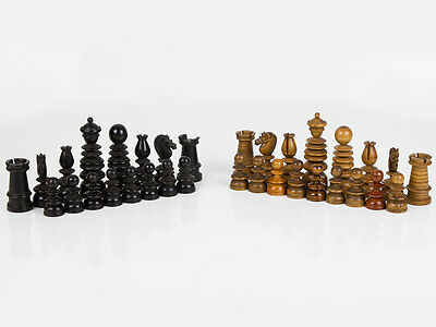 Victorian Carved Ebony and Boxwood 'Old English' Chess Men Set