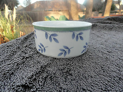 Villeroy & Boch Switch 3 Decorated Blue Leaves Green Rim White Soup Cereal Bowl