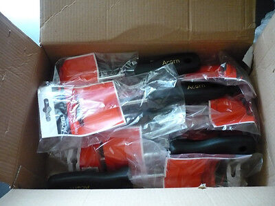 12x Hamilton Acorn Triangular shave hook, new & boxed, retail packaging included
