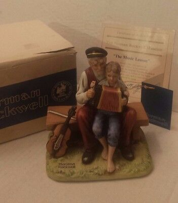 """Vintage Norman Rockwell """"THE MUSIC LESSON"""" Figurine 1980 BOX Boy Old Man JAPAN"""