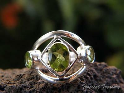 Peridot Trio & 925 SOLID Silver RING (Size 5, J 1/2)    #262956
