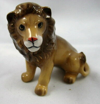 Hagen Renaker miniature made in America Lion seated