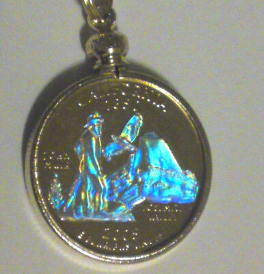 California Necklace Gold Plated Holographic Quarter Coin Include Gold Tone Chain