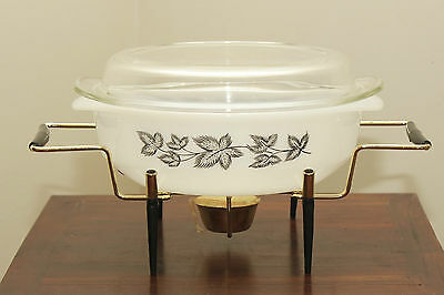 "Vintage Retro 1960s Pyrex ""Ivana"" Casserole Dish and Warming Cradle GVC"