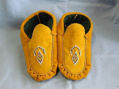 Authentic Native American Beaded Moccasins 9.5 Inches Blue/white Handmade Unisex