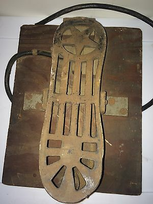 RARE Antique CastIron Sewing Machine Hotrod Industrial Star Foot Pedal Steampunk