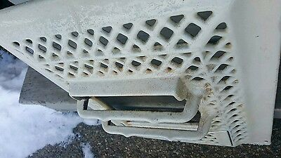 "Vintage Malleable Iron Range Company's Monarch Heating Vent 20"" X 15"""