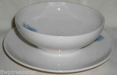 Syracuse Carefree China CONCORD ROSE Pattern Gravy Bowl with Attached Underplate