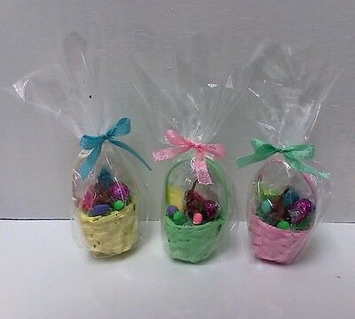 Dollhouse Miniatures 1:12 Cellophane wrapped & filled  Easter Basket /choc bunny