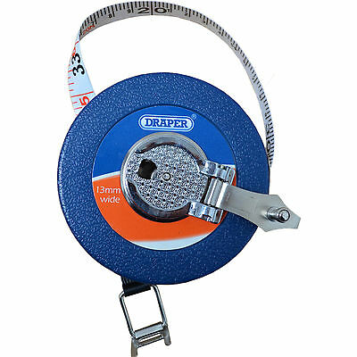 Draper 10M (33ft) Fibreglass Measuring Tape with Holding Claw for garden layouts