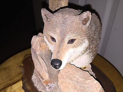 Wolf Sculpture With Wood Base Wildlife Animal Head Realistic Tree