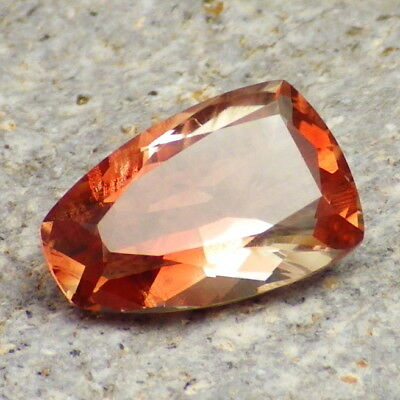 PINK RED SCHILLER SUNSTONE 3.88Ct CLARITY VVS2-BEAUTIFUL NATURAL COLOR!