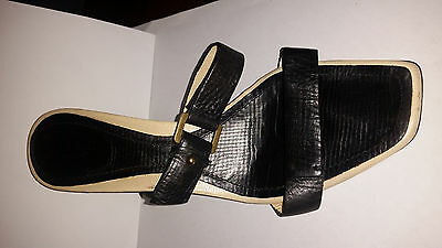 9405058a734 GUCCI Vintage Sandals Black and cream leather excellent condition Size 7.5US