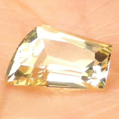 GOLDEN BERYL / HELIODOR-BRAZIL 1.27Ct FLAWLESS-FOR JEWELRY-GERMAN CUT!
