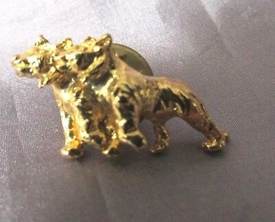 Wolf Pair Gold Tone Lapel Pin 1/2 X 1