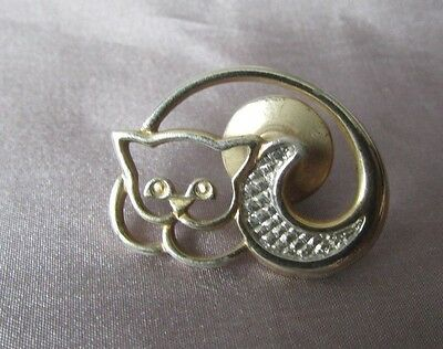 Cat Avon Gold And Silver Tone  3/4 X 1 Lapel Pin