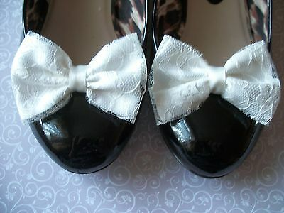 PAIR IVORY SATIN FLORAL LACE BOW SHOE CLIPS 40s 50s VINTAGE STYLE WEDDING BRIDE