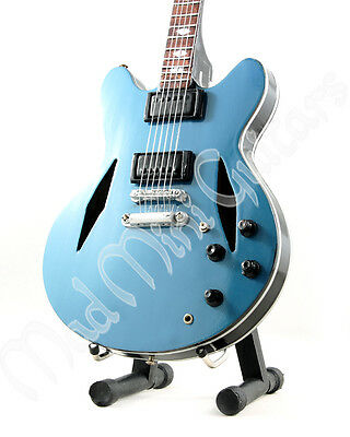 Miniature Guitar DAVE GROHL with free stand Foo Fighters ES-335
