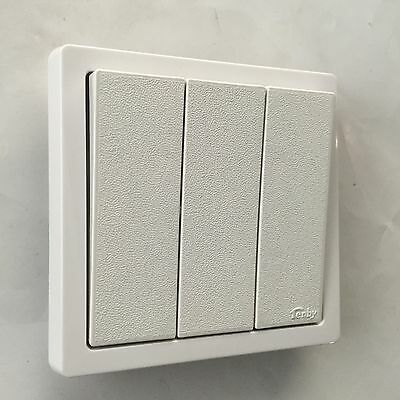 Quality Classic Tenby Electrical 10A 3 Gang 2 Way Clipper Sp Light Switch
