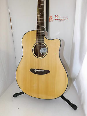 Breedlove Discovery Dread CE acoustic/electric MSRP: $689.00cad
