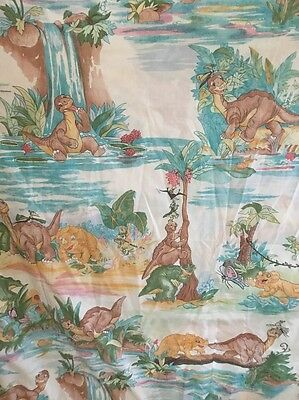 VINTAGE  1987 Land Before Time TWIN FLAT SHEET Too Cute!