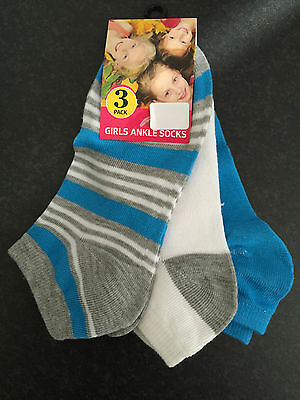 BNWT Little Girls Perfect Sports Grey/White/Aqua 3 Pack Ankle Socks Sz 9-12