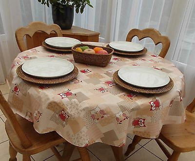 140cm Round Wipe Clean PVC Tablecloth - Red Owls