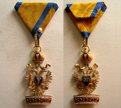 PCW-AN216-AUSTRIA. Hand painted enamel, Order of Crown. King's Cross. 1815.
