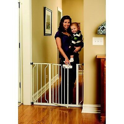 Regalo Easy Step Walk Thru Gate White Regalo Baby 1160