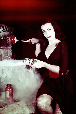 Vampira Vampira Maila Nurmi smoking cauldron striking pose 24x36 Poster