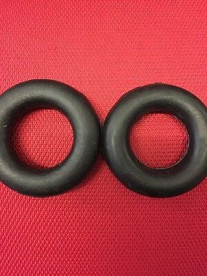 2 x UNIVERSAL SML EXHAUST RING RUBBER RUBBER EXHAUST HANGER 65MM OUTER 35MM INN