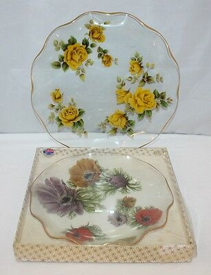 Chance Glass - 2 Fluted Plates - Roses/Poppies - Retro/Kitsch/Chintz