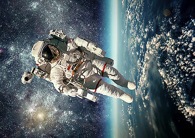 Astronaut Earth Space Stars Giant Poster Art Print - A0 A1 A2 A3 A4 Sizes