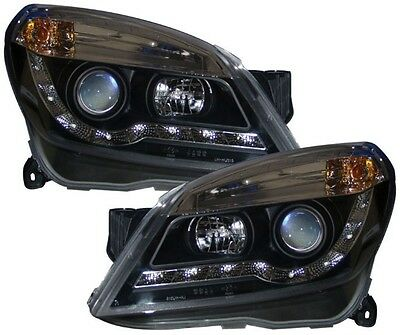 Vauxhall Astra H Mk5 - Led Black R8 Style Projector Front Headlights