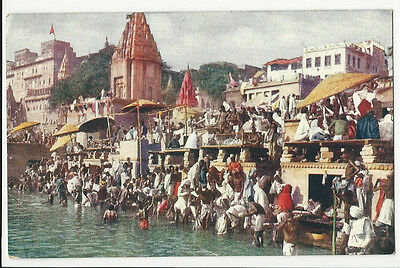 India - Benares, Bathing in the Sacred Ganges - 1900's Postcard