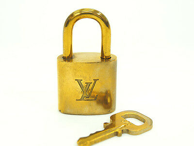 F/S Authentic LOUIS VUITTON Padlock and 1 Key Set Gold Used (B) Various Number