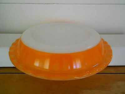 Vintage Pyrex, Milk Glass -Agee Pie Dish - 22cm Orange Great condition