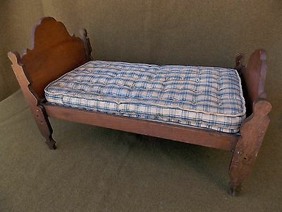 "Antique 18"" Victorian Doll's Bed 19th/20th Century Wood Girl VTG House American"