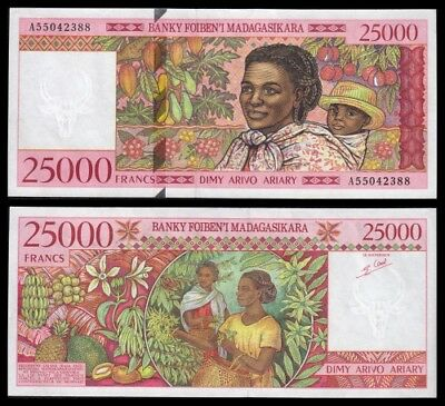 Madagascar  25000 Ariary  ND 1998  Pick 82   SC = UNC