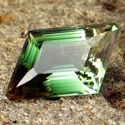 BLUE GREEN DICHROIC SCHILLER OREGON SUNSTONE 12.16Ct FLAWLESS-TOP INVESTMENT!!!