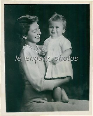1949 Prince Charles Celebrates Turning 1 with Mother Original News Service Photo