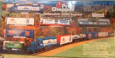 Year 2000 Price Chopper Freight Train Set Ho Ihc New