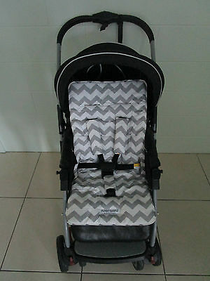 *GREY CHEVRON*universal stroller,pram,car seat liner set *NEW*