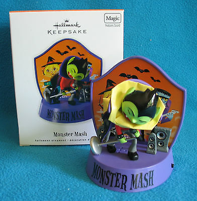 Hallmark 2010 Halloween Ornament~Features Sound~Monster Mash