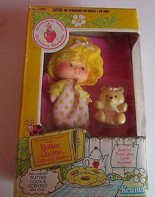 ancienne Charlotte aux fraises butter cookie with jelly bear kenner annee 80