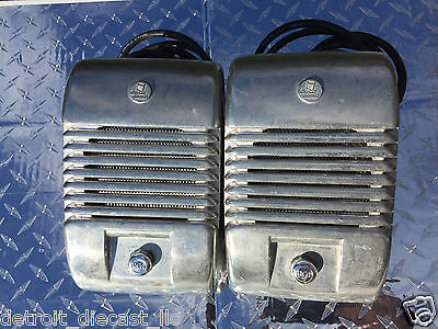 2 Chrome Knob Indoor Outdoor Detroit Diecast RCA Drive-In Theatre Movie Speaker
