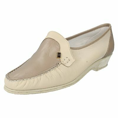 Ladies Sandpiper Flat Wedged Riptape Leather Casual Everyday Shoes Windsor