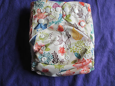 New Beige Paisley Unisex Tagless ALVA Cloth Pocket Diapers With Double Gussets