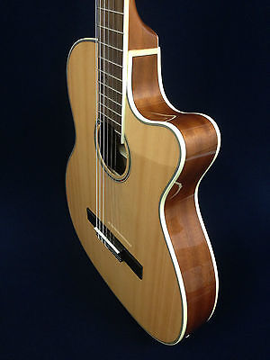 "Caraya C-551BCEQ/N 39"" Thin Body Classical Guitar Natural,EQ+Free gig bag,String"
