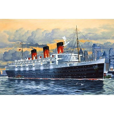 05203 - Revell Queen Mary 1:570